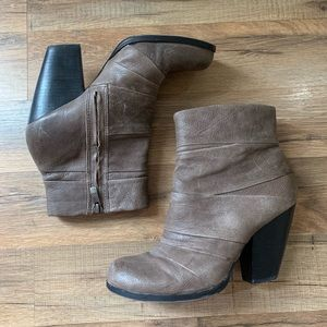 Vince Camuto Belta Leather Heeled Bootie